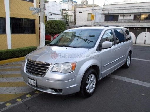 Foto Chrysler Town & Country 2010 63000