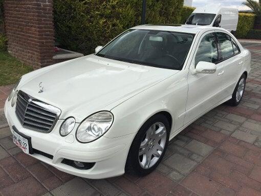 Foto Mercedes Benz Clase E 4p E 280 aut
