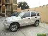 Foto Camioneta Tracker 4 cilindros 2000