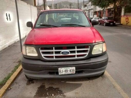 Foto Venta de Camioneta Ford f-150 URGE Venta