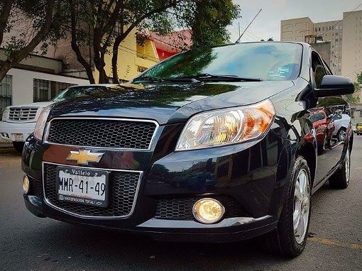 Foto Chevrolet Aveo 4p LTZ C 5vel ee