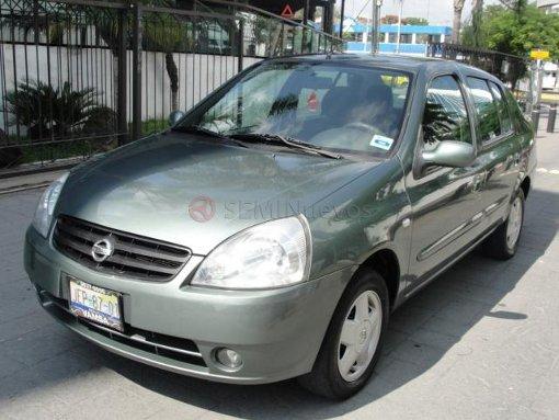 Foto Nissan Platina 2006