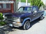 Foto Camioneta azul Ford Ranger