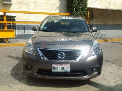 Foto Nissan Versa 2012 39000