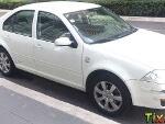 Foto Volkswagen Jetta 4p Clasico Team CL 5vel a/