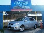 Foto Nissan Versa Exclusive 2013