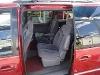 Foto Camioneta town & contry version LXi rojo-cereza
