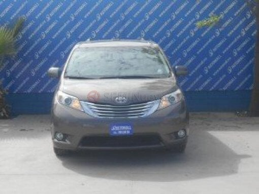 Foto Toyota Sienna 2011 145000