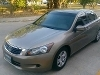 Foto Vendo hermoso honda accord!