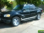 Foto Ford pick up Explorer 4 x 4 2002