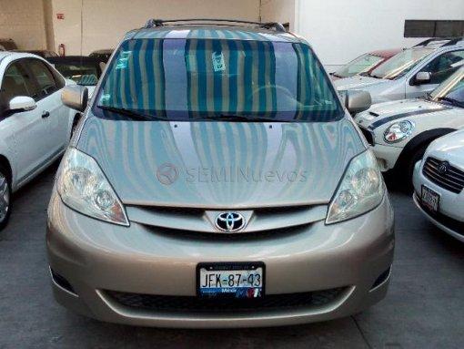 Foto Toyota Sienna 2007 100000