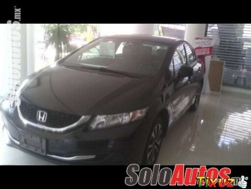 Foto HONDA Civic 4p 1.8 ex-l navi at 4drs 2013