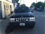 Foto Vendo jeep grand cherokee laredo, v8, con clima...