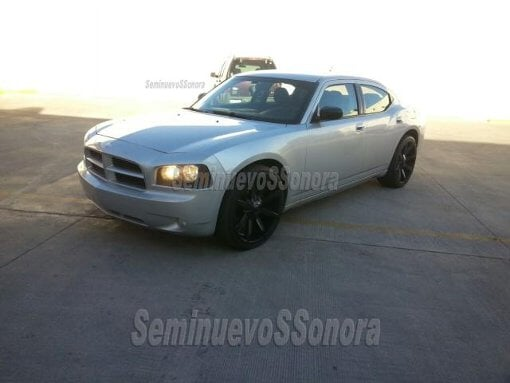 Foto Charger 2008