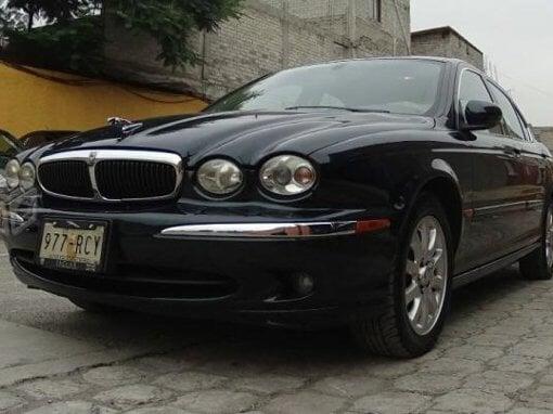 Foto Jaguar x-type en México