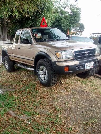 Foto Toyota tacoma 2000 4x4 6 cilindros