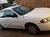 Foto Nissan Sentra Sedán 2001