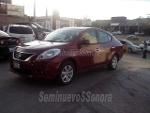 Foto Nissan Versa Advance 2013