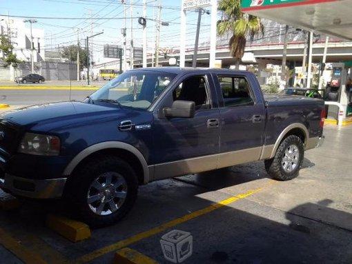 Foto Ford Lobo, cuatro puertas, excelente camioneta