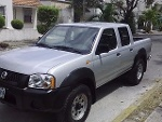 Foto Camioneta Pick Up Nissan Frontier XE 2013