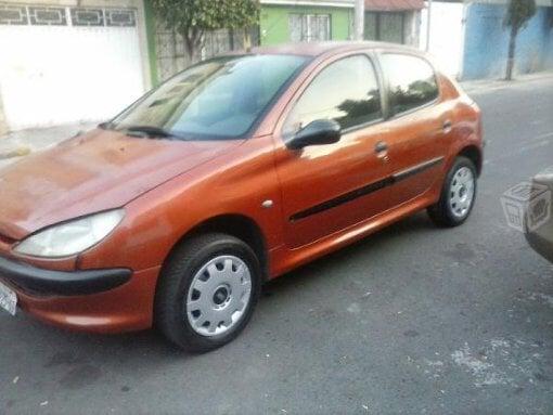 Foto Peugeot Modelo 206 año 2000 en Gustavo a madero...