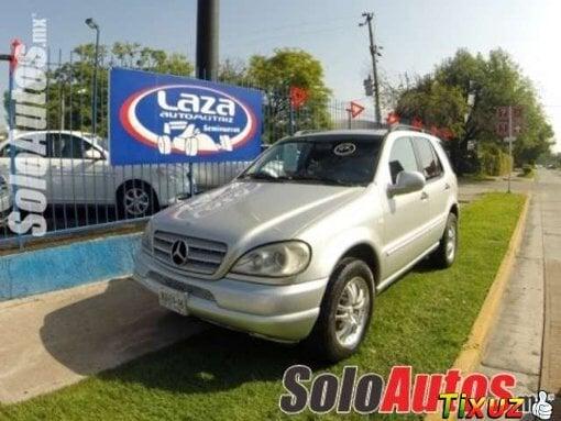 Foto Mercedes clase m 4p ml 320 2000
