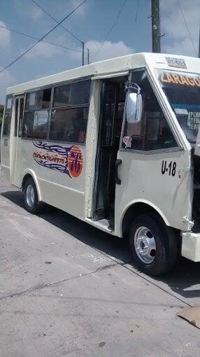 Foto Micobuses Chevrolet En Buen Estado Trabajando