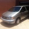 Foto Toyota Sienna 2000 afiliada