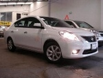 Foto Nissan Versa 2012 53000