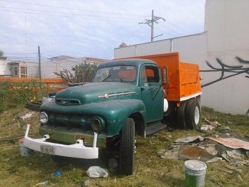 Foto Camion De Volteo De Coleccion En Buenas Condicione