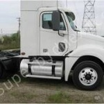 Foto Tractocamion freightliner columbia cl120 año 2008