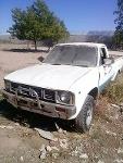 Foto Toyota Hilux 4 x 4 1981 Por partes