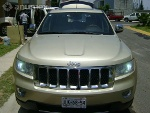 Foto Hermosa grand cherokee overlan impecable 2011