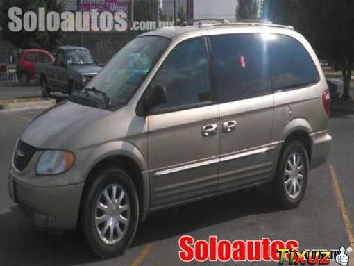 Foto Chrysler town & country 5p limited 2003