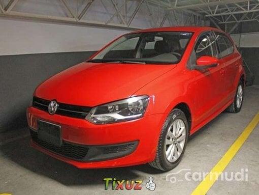 Foto 2013 Volkswagen Polo Rojo