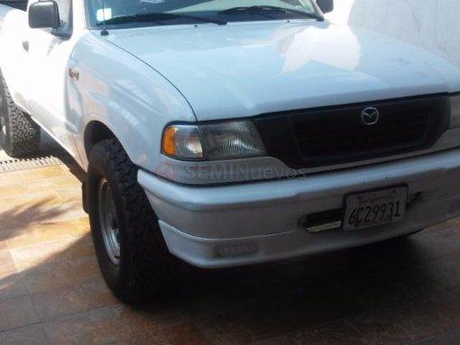 Foto Mazda B2500 1999 189903