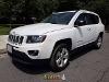 Foto Jeep Compass 5p Latitud 5vel 4x2 5vel