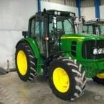 Foto Tractor agricola John Deere 6330 año 2010