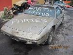 Foto Pontiac Fiero biplaza 1984 en partes