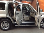 Foto Jeep Liberty 5p Limited 4x4 Base piel