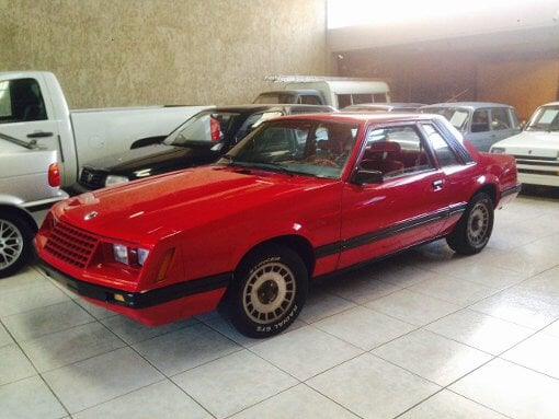 Foto Ford mustang hard top 1981