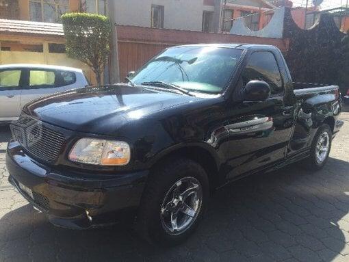 Foto Ford Modelo Pick up año 2000 en Gustavo a...