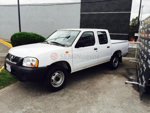 Foto Nissan NP 300 2011 1139454