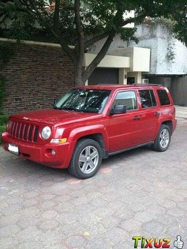 Foto Jeep Patriot 5p Base MTX 5vel a/ ABS b/a 4x2