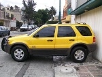 Foto Camioneta Ford Escape 2002 Amarilla bien bonita...