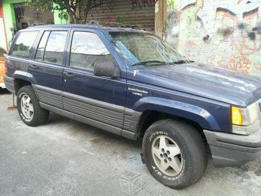 Foto Jeep Modelo Cherokee año 1995 en Iztapalapa...
