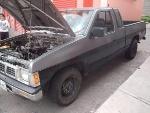 Foto Camioneta pickup nissan 4 cilindros
