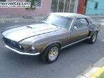 Foto Mustang hard top 69 clasico gris con blanco...