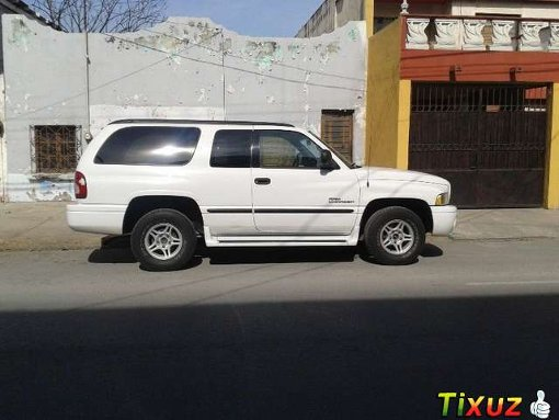 Foto Dodge Ram SUV 2001
