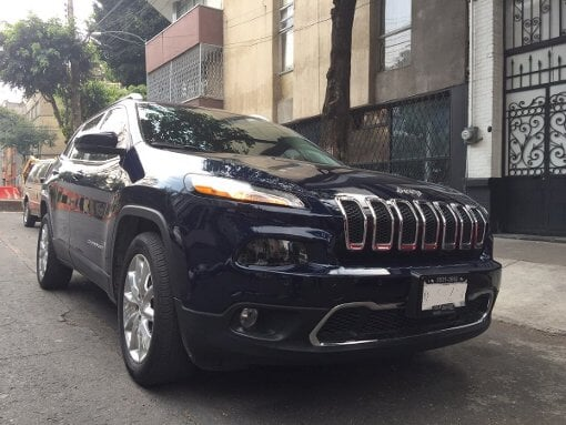 Foto Jeep Cherokee 5p Limited Premium 4x2 L4/2.4 Aut